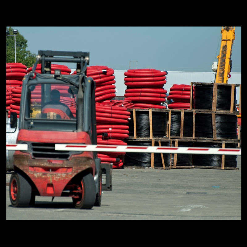 FROM TRANSLOADING TO THE RAILYARD OR CUSTOMER, THERE IS NO STOPPING FOR US